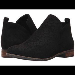 Shoes - Dr. Scholls black microfiber slip on 8.5 wide NIB